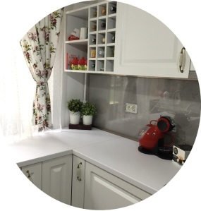 bucătăria unde gătesc, concepută de arhitect Sergiu Califar